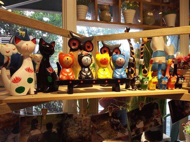 kočky ze dřeva