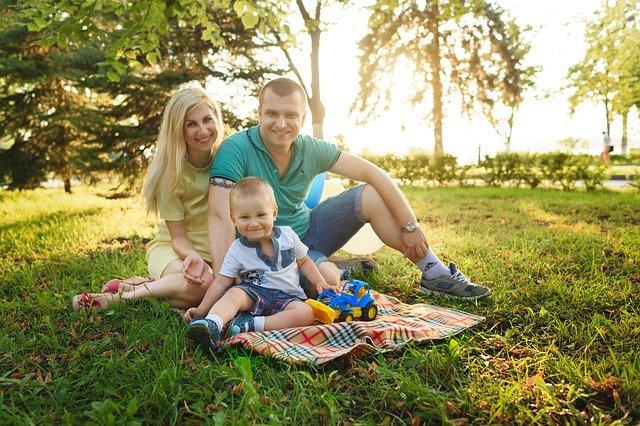 rodina v parku