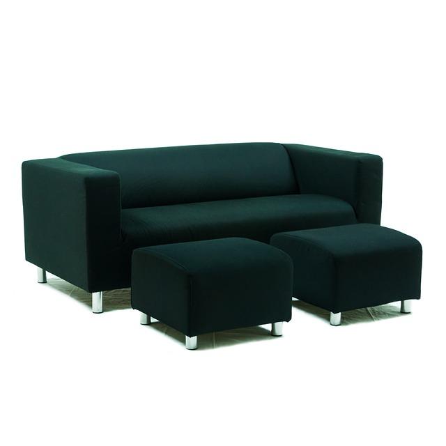 zelená sedačka, zelené taburety