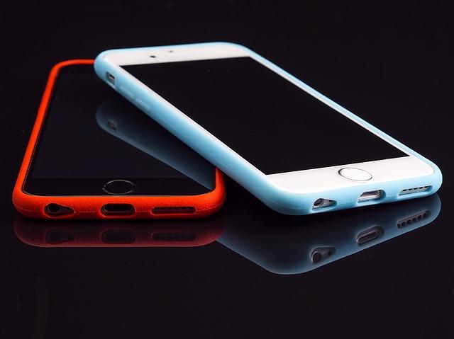 dva smartphone