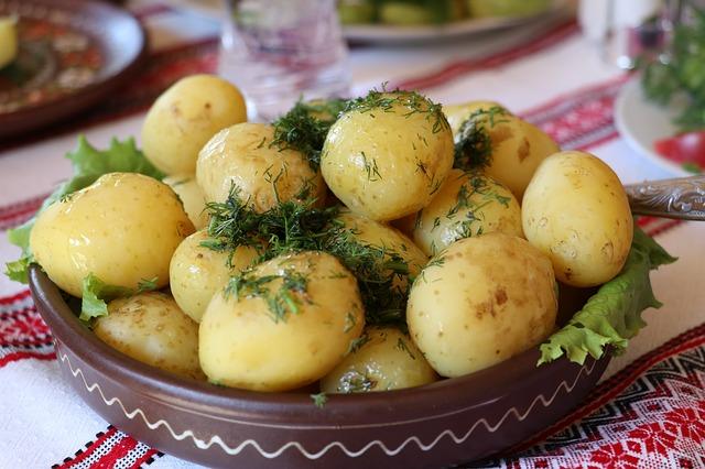 naaranžované brambory