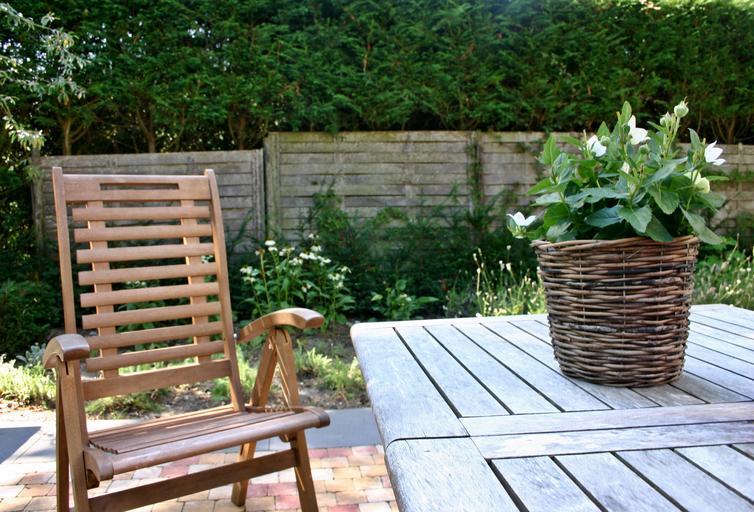 zahradní posezení.jpg