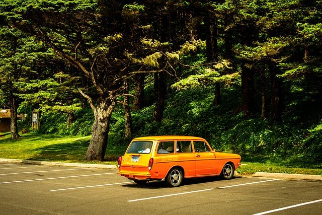 auto na parkovišti